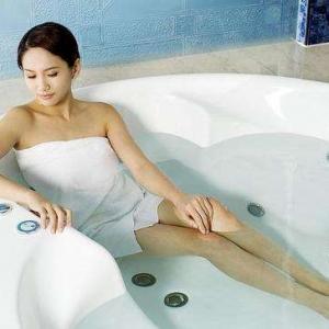 痛风能洗澡么?痛风患者洗澡时应注意什么?